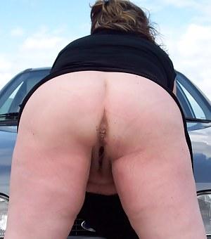 MILF Asshole Porn Pictures